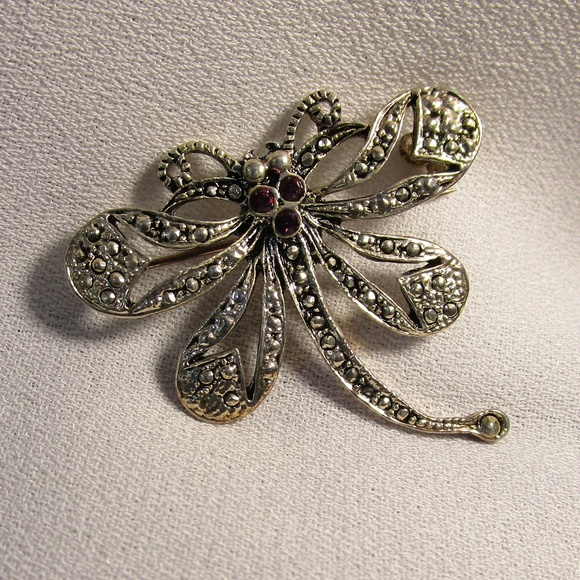Vintage Jewelry - Whimsical Vintage Silver Dragonfly Pin